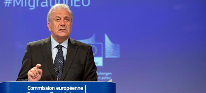 Ο επίτροπος Μετανάστευσης Δ. Αβραμόπουλος -Φωτογραφία: AP