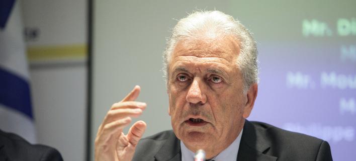 Ο Ευρωπαίος Επίτροπος Μετανάστευσης, Δημήτρης Αβραμόπουλος/Φωτογραφία: Eurokinissi