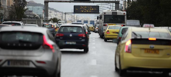 Μειώσεις στις νέες κυκλοφορίες αυτοκινήτων/Φωτογραφία: Eurokinissi