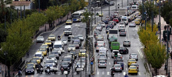 Αρχίζουν οι έλεγχοι για τα ανασφάλιστα οχήματα/ Φωτογραφία: Eurokinissi
