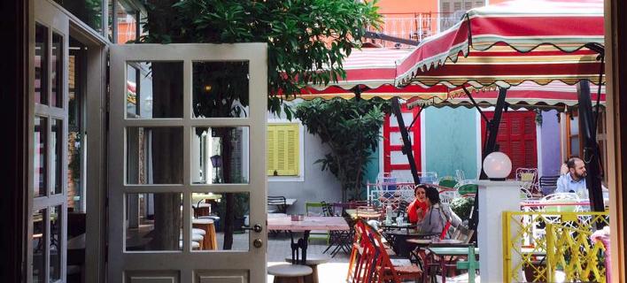 Μπαράκια στο κέντρο της Αθήνας/ Φωτογραφία: Facebook