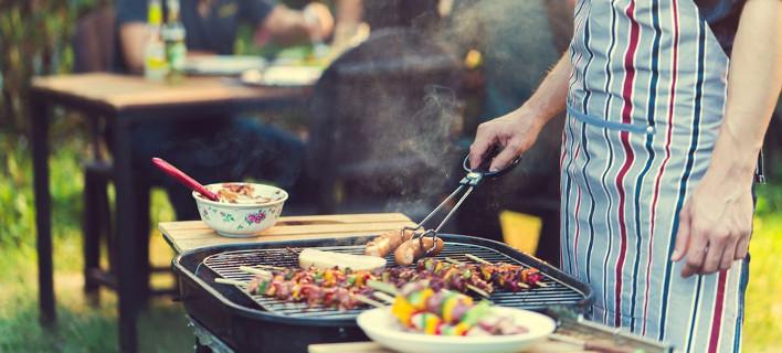 Μπάρμπεκιου: Top σεφ αποκαλύπτουν τα μυστικά για τέλειο ψήσιμο