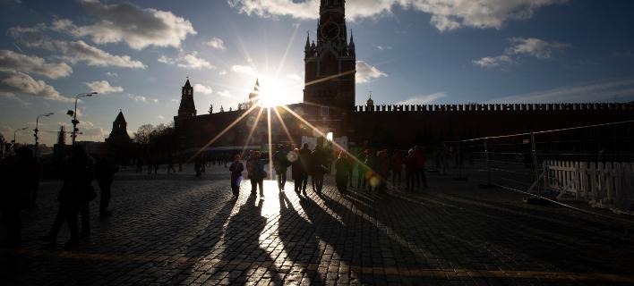 Στιγμιότυπο από τη Μόσχα (Φωτογραφία: AP Photo/Alexander Zemlianichenko)