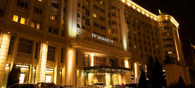Ταξίδι... ψυχικής εκτόνωσης σε πεντάστερο ξενοδοχείο του Βουκουρεστίου για τον Λ