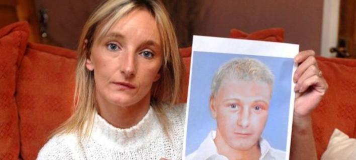 Νέα έκκληση από τη μητέρα του Μπεν -«Πάρε με τηλέφωνο αν νομίζεις ότι είσαι ο γιος μου» [εικόνες]