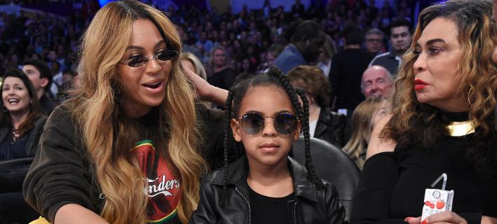 Φωτογραφία: AP- Η Μπιγιονσέ με την κόρη και την μαμά της