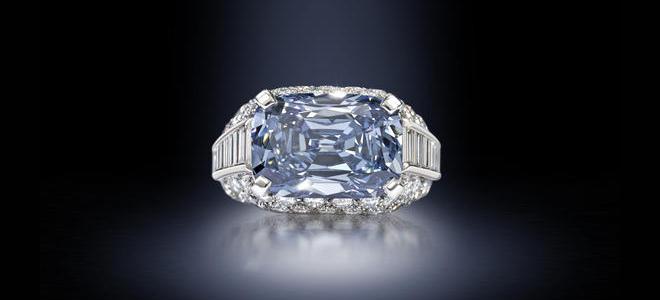Νέο ρεκόρ πώλησης για ένα μπλε διαμάντι σε δημοπρασία στο Λονδίνο ... 93b17c21fb4