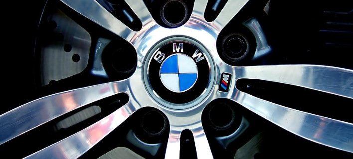Η BMW ανακαλεί 136.000 οχήματα εξαιτίας προβλήματος στην αντλία καυσίμων