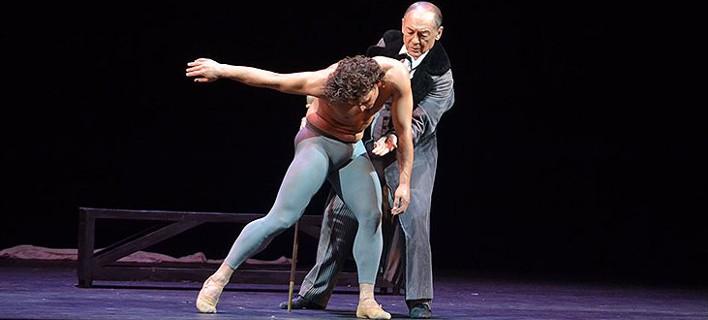 Ο 75χρονος θρύλος των Μπολσόι Μιχαήλ Λαβρόφσκι χορεύει με τον Ιβαν Βασίλιεφ στο Ηρώδειο [βίντεο]