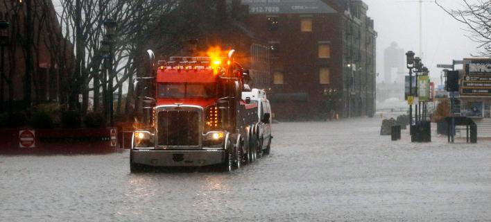 Ισχυρή καταιγίδα πλήττει τις ΗΠΑ -Τουλάχιστον 5 νεκροί