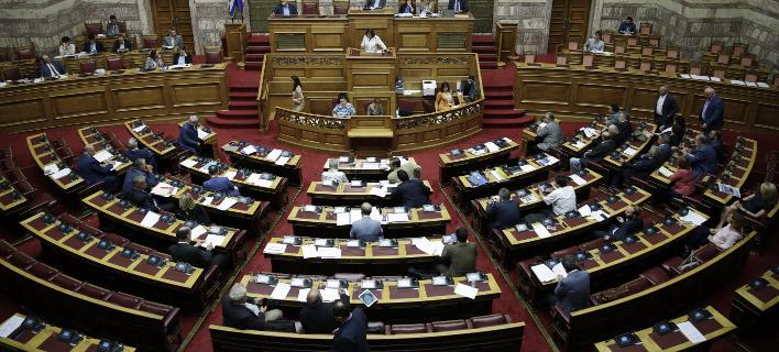 Βουλή: Στις 18:00 η συζήτηση για την πρόταση δυσπιστίας