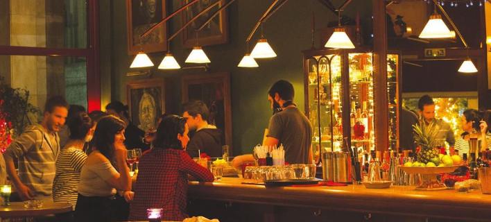 8 μικρά, κρυφά μπαρ στην Αθήνα για να ακούσεις τζαζ -Μεθυστική ατμόσφαιρα, γευστικά ποτά