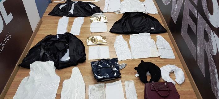 Βραζιλιάνα επιχείρησε να περάσει 2,8 κιλά κοκαΐνη «ραμμένη» στα ρούχα της [εικόνες]