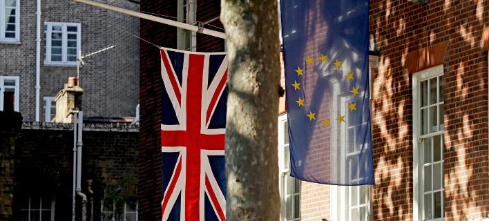 Brexit: ΕΕ και Μ. Βρετανία επιταχύνουν τις διαπραγματεύσεις
