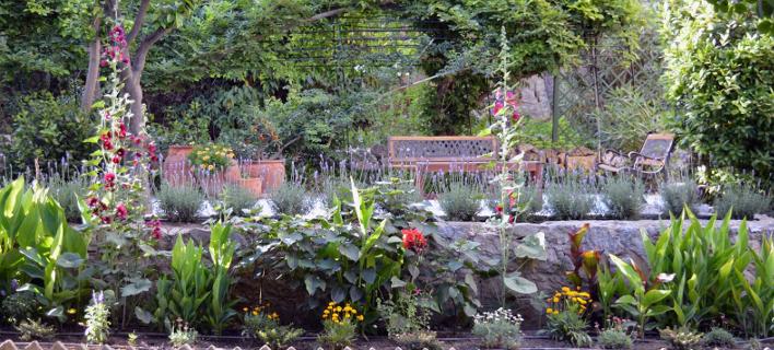 Ο κήπος της Βρετανικής Σχολής (Φωτογραφία: Facebook@British School at Athens)