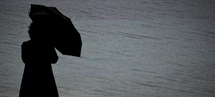 Βροχερός ο καιρός / EUROKINISSI/ΓΙΩΡΓΟΣ ΚΟΝΤΑΡΙΝΗΣ