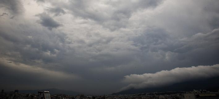 Ερχονται βροχές και καταιγίδες την Τρίτη (Φωτογραφία: EUROKINISSI/ΤΑΤΙΑΝΑ ΜΠΟΛΑΡΗ)