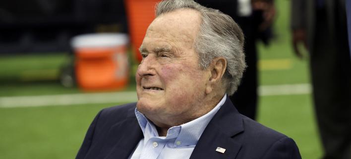 Ο Τζορτζ Μπους/ Φωτογραφία: AP- David J. Phillip
