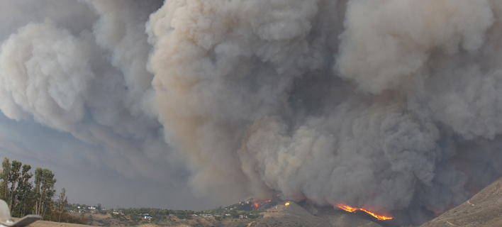 Ενα από τα δεκάδες μέτωπα που κατέκαψαν την Καλιφόρνια / Φωτογραφία: Shutterstock