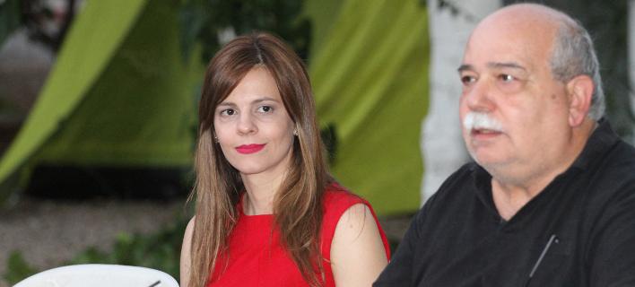 Εφη Αχτσιόγλου και Νίκος Βούτσης στο camping Ν. ΣΥΡΙΖΑ -Φωτογραφίες: EUROKINISSI/ΓΙΑΝΝΗΣ ΣΠΥΡΟΥΝΗΣ/ilialive.gr