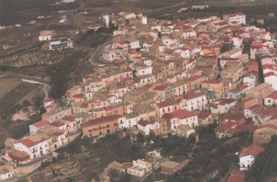 Μία γουστόζικη ιταλική πόλη δίνει μέχρι και 2.000 ευρώ σε όποιον θέλει να εγκατασταθεί εκεί!