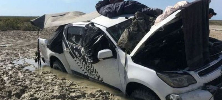 Αυστραλία: Ψαράδες πέρασαν τέσσερις μέρες στη σκεπή του αυτοκινήτου τους περικυκλωμένοι από κροκόδειλους