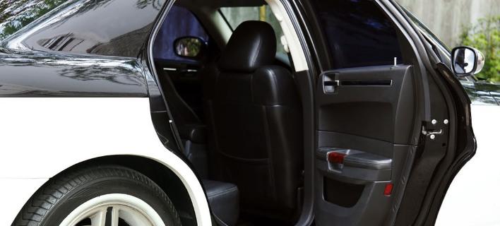 Αυτοκίνητο /Φωτογραφία: Shuterstock/pickingpok