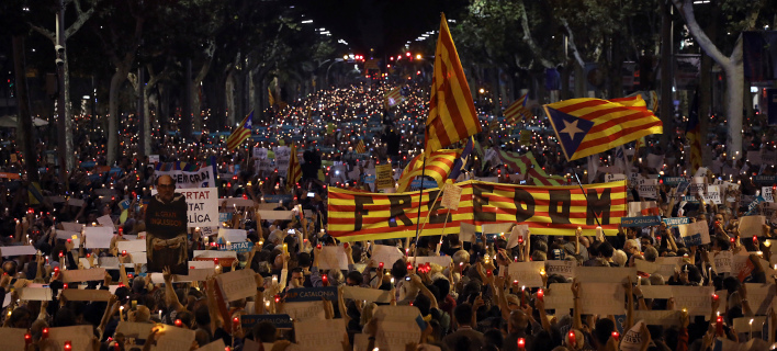 Διχασμένη χώρα η Ισπανία / Φωτογραφία:  (AP Photo/Emilio Morenatti, File)