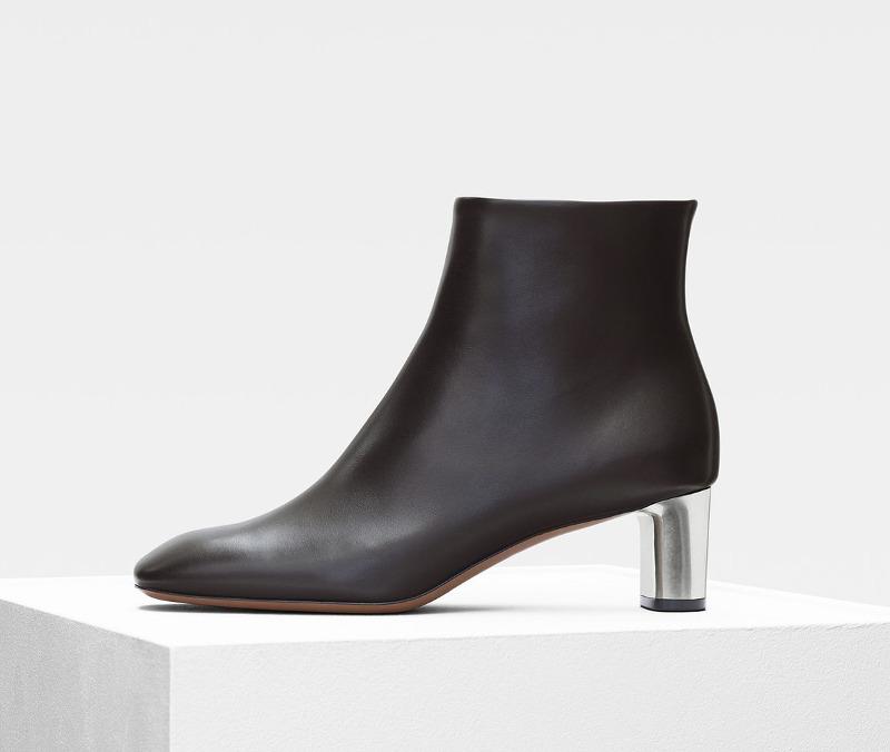 b96f7cabd46 30 ευρώ ή 800; Οι μπότες των Zara και Celine μοιάζουν εκπληκτικά ...