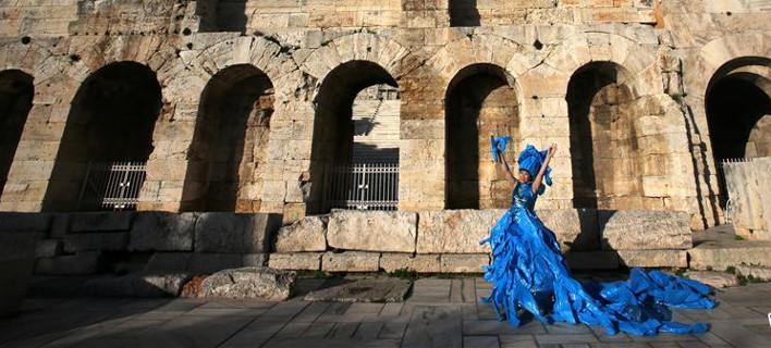 Προτίθεται να παρουσιάσει τον «Little Blue Man» σε όλον τον κόσμο, φωτογραφίες: xinhuanet.com