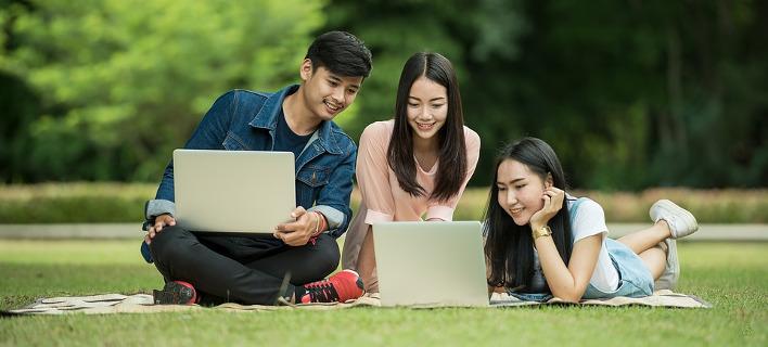 Viral: Η Κομμουνιστική Νεολαία της Κίνας κάνει... προξενιά μέσω διαδικτύου