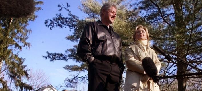 Ο Μπιλ και η Χίλαρι Κλίντον (Φωτογραφία: AP)