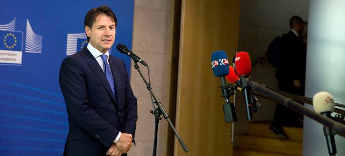 O Ιταλός πρωθυπουργός Τζουζέπε Κόντε (Φωτογραφία: ΑΡ)