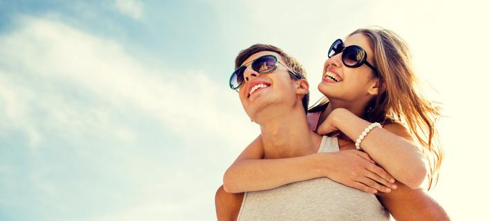 Ερωτευμένο ζευγάρι. Φωτογραφία: Shutterstock/Syda Productions