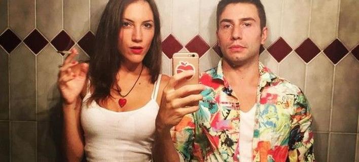Αυτό το ζευγάρι το τερμάτισε -Πουλάνε βίντεο από τις ερωτικές τους στιγμές για να κάνουν τον γύρο του κόσμου [εικόνες]