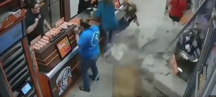 Το περιστατικό συνέβη την περασμένη Κυριακή (Φωτογραφία: YouTube)