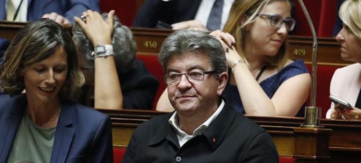 Σοκ στη γαλλική Βουλή: Μπήκαν για πρώτη φορά νεοκομμουνιστές βουλευτές χωρίς γραβάτα [εικόνες]