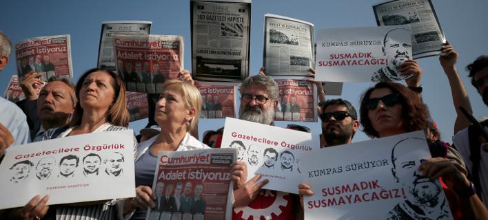Τουρκία  Προσωρινή αποφυλάκιση ενός δημοσιογράφου της Cumhuriyet ... 7b542666797