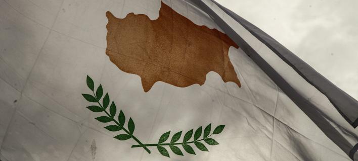 Κύπρος: Αντιπαράθεση ΑΚΕΛ και κυβέρνησης για την χρήση των βρετανικών βάσεων κατά της Συρίας