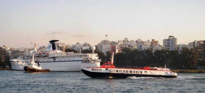 Η κακοκαιρία προκάλεσε προβλήματα και στα δρομολόγια πλοίων