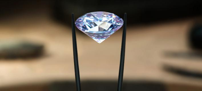 O οίκος Σόθμπις θα δημοπρατήσει στις 5 Δεκεμβρίου στο Μαϊάμι ένα διαμαντένιο δαχτυλίδι που... δεν υπάρχει /Φωτογραφία: Shutterstock