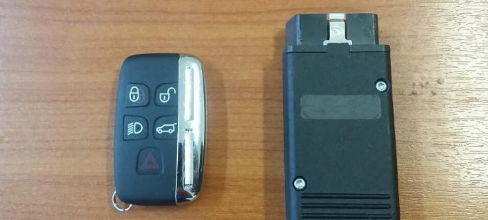 Θεσσαλονίκη: Με αυτή τη συσκευή «έσπαγαν» τα συστήματα ασφαλείας σε πολυτελή αυτοκίνητα [εικόνα]