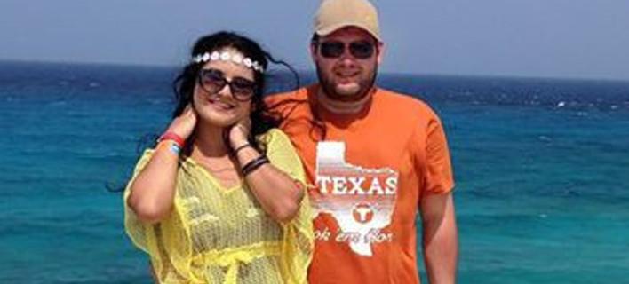 Μια πρωτότυπη σχέση: Είναι παντρεμένοι αλλά συναντιούνται μόνο στις διακοπές [εικόνες]