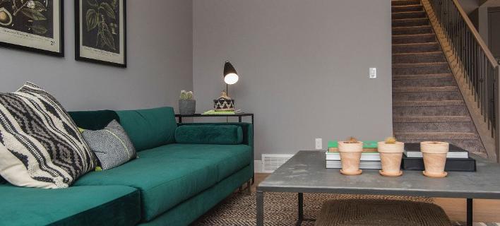 Ένα design σαλόνι/ Φωτογραφία: Unsplash/Jose Soriano