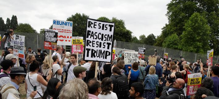 Διαδηλώσεις κατά του Τραμπ στο Λονδίνο/ Φωτογραφία AP images