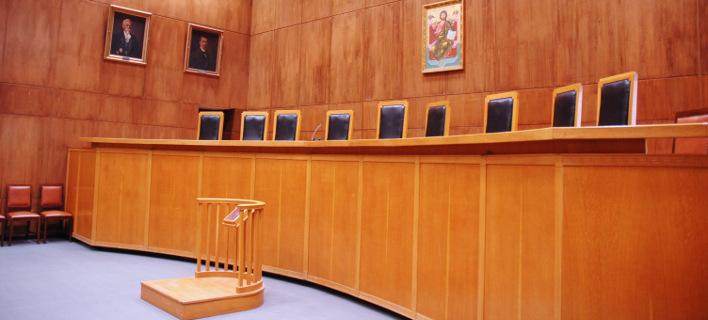 Μηνύσεις και αγωγές χωρίς την καταβολή δικαστικών παραβόλων, λόγω capital controls