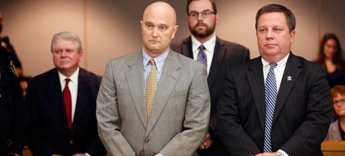ο πρώην αστυνομικός καταδικάστηκε/Φωτογραφία: AP