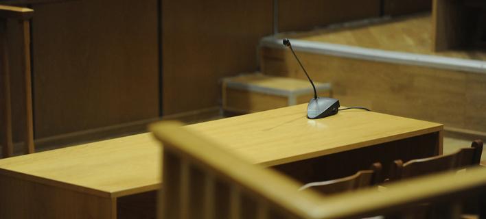 Αθώοι οι 20 κατηγορούμενοι για το κύκλωμα trafficking