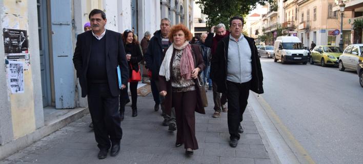 Φωτογραφία: Ο δήμαρχος Πατρέων προσερχόμενος στο Δικαστήριο/Eurokinissi