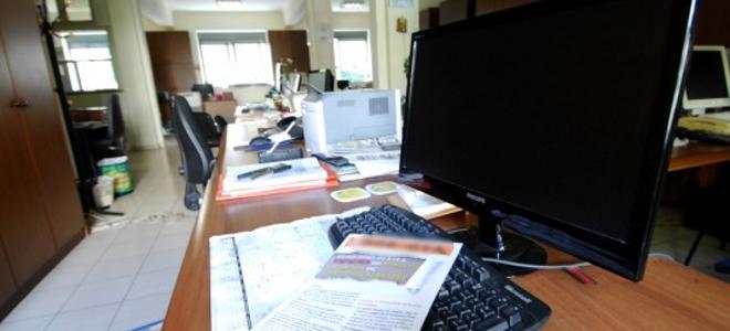 Από το υπουργείο Εσωτερικών οι 4.000 απολύσεις που απαιτεί η Τρόικα